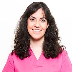 Maria Moya Licenciada en Odontología. Universidad Rey Juan Carlos (Alcorcón). Dentista en Alcorcón Centro Especialidades Médicas Valderas