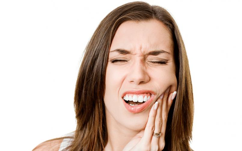 Dentistas Alcorcón. Razones dolor de dientes. CEM Valderas