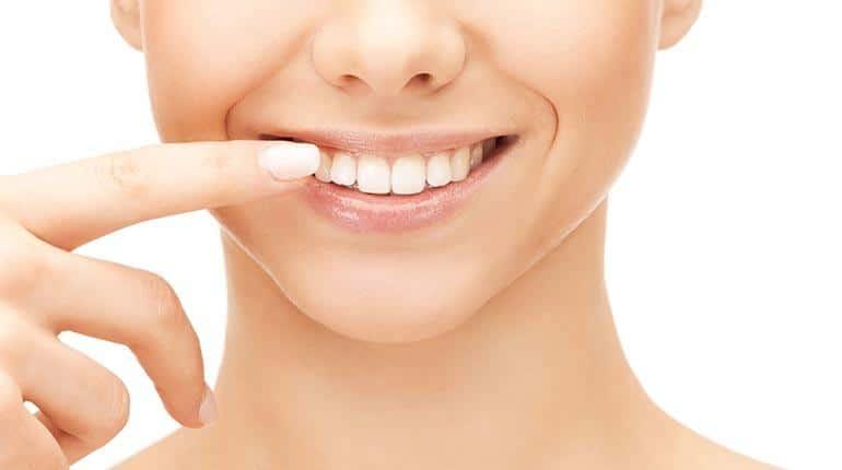 Ortodoncia Invisible Alcorcón. CEM Valderas. Beneficios de la ortodoncia invisible