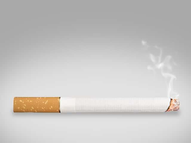 El tabaco mal habito para los dientes. CEM Calderas Dentistas Alcorcón